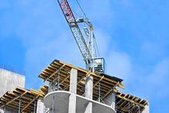 Kran und Baustelle Stockbild