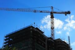 Kran und Baustelle Stockfoto