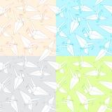 Kranar. origami Arkivfoton