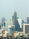 Kranbyggnaden på skyskrapa Royaltyfria Foton