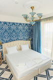 Kranevo旅馆复合体的公寓的卧室,保加利亚 图库摄影