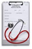Krankenblatt und Stethoskop Stockbild