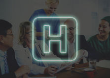 Krankenhaus-Quergesundheits-Behandlungs-Ikonen-Grafik-Konzept Stockfotos