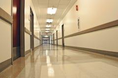 Krankenhausflur Lizenzfreie Stockfotografie