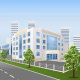 Krankenhausgebäude auf einer Stadtstraße Stockbild