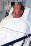 Krankenhauspatientschlafen Stockbild