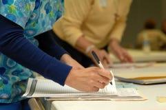Krankenschwester bei der Arbeit lizenzfreies stockbild