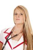 Krankenschwesterstethoskop um Halsabschluß Stockfotografie