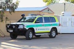 Krankenwagen von Süd-Australien im Hinterland für Not- Lizenzfreie Stockfotos