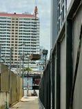 Kranlyfter lyftande elevatorer stålstrukturen Arkivbilder