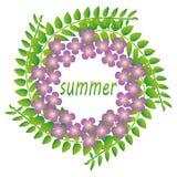 Krans av gräsplanris och blommor Royaltyfri Foto