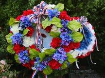 Krans på Memorial Day på den militära minnesmärken i Brooklyn Arkivbild
