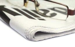 Krant met bril Royalty-vrije Stock Foto's
