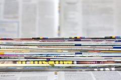 Kranten en tijdschriften achtergrondconcept Stock Afbeelding