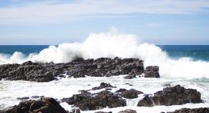 krascha över rockswaves Arkivbilder