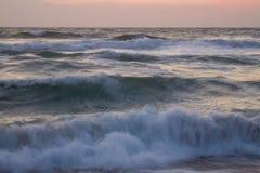 krascha waves Arkivfoton