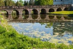 Krasiczyn-Schlossbrücke Stockfoto