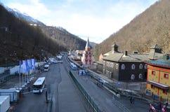 Krasnaya Polyana durante juegos de olimpiada de invierno Imágenes de archivo libres de regalías