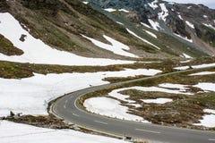 krasnodar δρόμος Ρωσία περιοχών βουνών όρη Αυστριακός Στοκ εικόνες με δικαίωμα ελεύθερης χρήσης