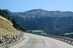 krasnodar δρόμος Ρωσία περιοχών βουνών όρη Αυστριακός Στοκ φωτογραφία με δικαίωμα ελεύθερης χρήσης