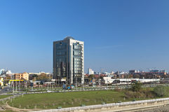 KRASNODAR, RUSLAND - NOVEMBER 03 2013: De bureaubouw van LLC Royalty-vrije Stock Foto's