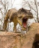 Krasnodar rysk federation Januari 5, 2018: Modell av dinosaurien i Safari Park av staden av Krasnodar Royaltyfria Bilder