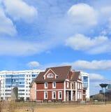 KRASNOGORSK, RUSLAND - APRIL 22.2015: Nieuw Stock Foto's