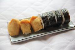 Kraszony Rice Zawijający W Smażącej Tofu torbie, Inari suszi japończyka jedzenie zdjęcie royalty free