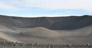 Krater av den Hverfjall vulkan i Island Arkivbilder