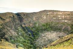 Krater av den Mombacho vulkan nära Granada, Nicaragua royaltyfri bild