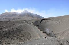 Krater av Etna. Sicily. Italien. Royaltyfri Foto