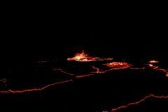 Krater för vulkan för panoramaErta öl, smältande lava, Danakil fördjupning, Etiopien Royaltyfri Bild