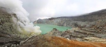 Krater Ijen Royalty-vrije Stock Afbeeldingen
