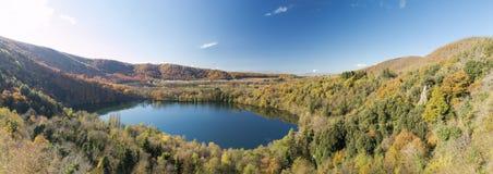 Krater jeziora Zdjęcia Royalty Free