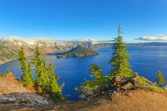 Krater jeziora widok Obrazy Stock