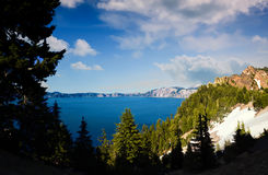 Krater jezioro, Oregon na słonecznym dniu Obrazy Royalty Free