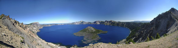 Krater jezioro Panoramiczny fotografia stock