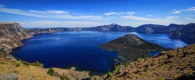 Krater jezioro w Oregon jest cudem w świacie zdjęcie stock