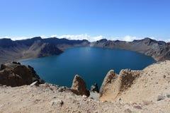 Krater Lake av det Changbai berg Royaltyfri Fotografi