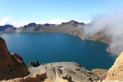 Krater Lake av det Changbai berg Royaltyfri Bild