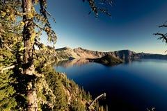 Krater sjö Arkivbild