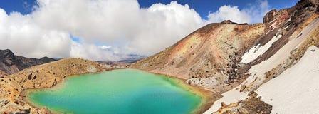 Krater sjö - Tongariro nationalpark, Nya Zeeland Arkivbild