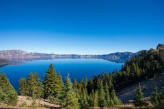 Krater sjönationalpark i södra centrala Oregon arkivbilder