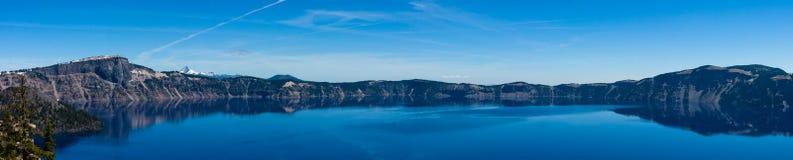 Krater sjöOregon panorama Arkivfoton