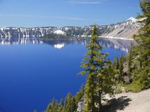 krater wyspy czarodziej jeziora Obrazy Royalty Free
