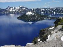 krater wyspy czarodziej jeziora Zdjęcia Royalty Free