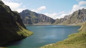 Kratermeer Pinatubo, Filippijnen, Luzon stock footage