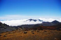 Kraters en wolken Stock Foto's