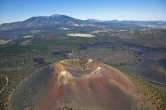 kratersolnedgång Arkivbild