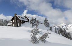 Krateru Jeziorny park narodowy w zimie zdjęcie royalty free